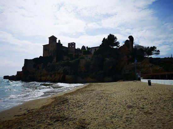 Altafulla: spiaggia e castello
