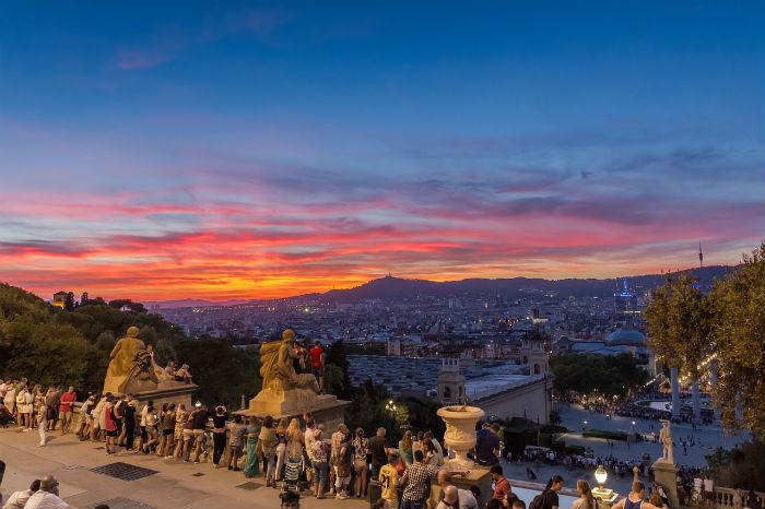 Panorama su Barcellona al tramonto