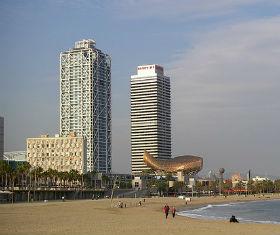 Le torri di Barcellona e il Peix